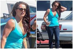 Britney Spears lộ vẻ mặt mệt mỏi, kém sắc cùng thân hình sồ sề sau loạt ảnh 'long lanh' trên mạng xã hội