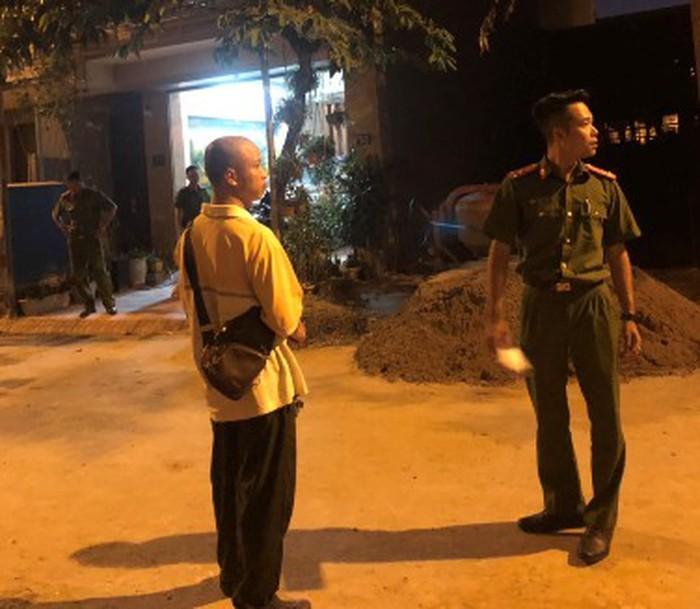 VZN News: Hà Nội: Lại có án mạng kinh hoàng, chồng đâm chết vợ trong bữa cơm tối chỉ vì con xin tiền bố mẹ-1