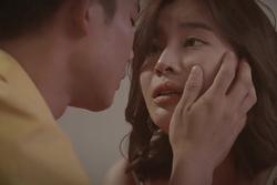 Anh Tú: 'Tôi và Cao Thái Hà uống rượu thuốc trước khi đóng cảnh nóng'