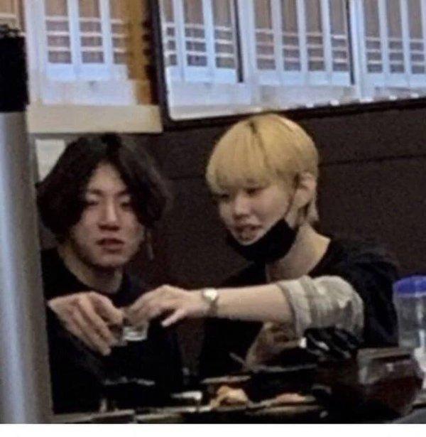 Hạn đen liên tục bủa vây BTS: Hết Jimin bị bắt gặp ở hộp đêm đến lượt Jungkook lộ ảnh ôm ấp gái lạ-3