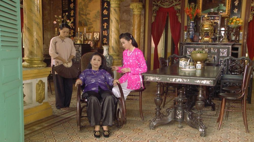 VZN News: Đối xử tàn bạo với Nhật Kim Anh, Cao Thái Hà đồng loạt bị cư dân mạng ném đá-1