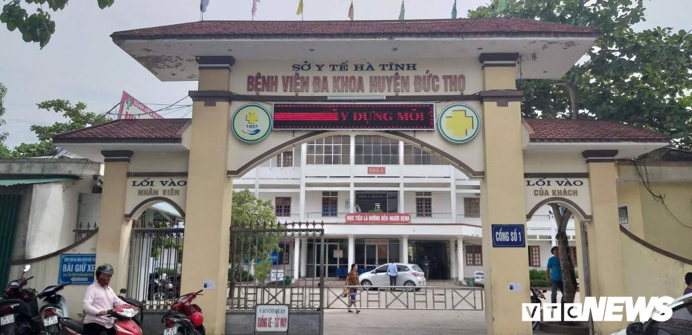 Bé sơ sinh bị kéo đứt cổ ở Hà Tĩnh: Kỷ luật ê kíp trực-1