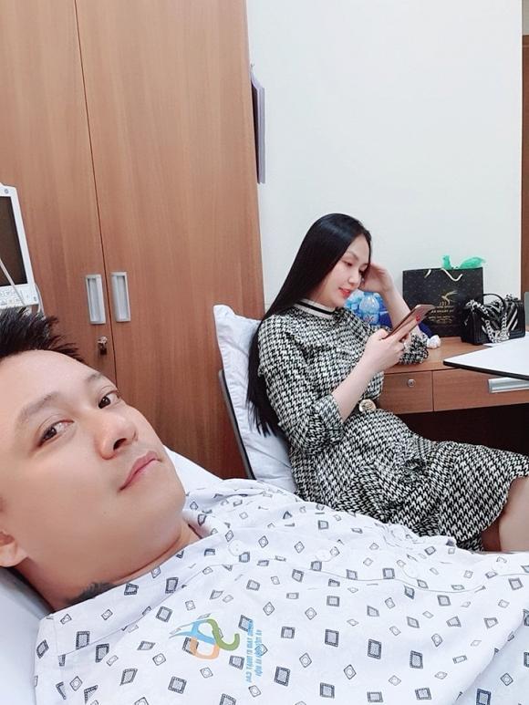 Tuấn Hưng nhập viện, tiết lộ bị hở van tim-5