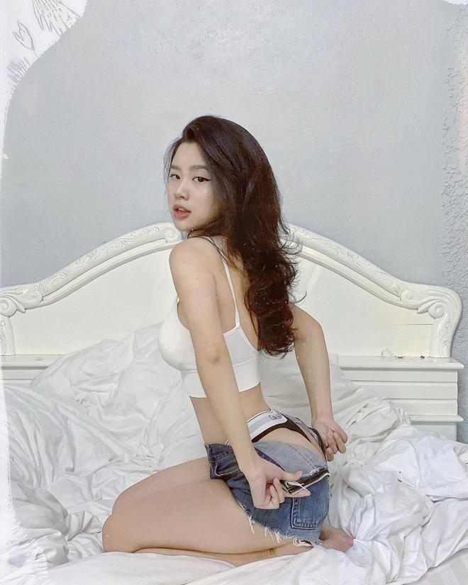 Hóa ra đằng sau những tấm ảnh sexy trên giường của hot girl Hàn Hằng là quang cảnh vừa bẩn vừa bừa thế này đây-2