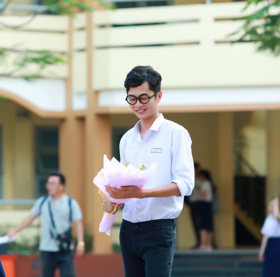 Huỳnh Phương công khai yêu Sĩ Thanh: Nàng 1986, chàng 1992 nhưng trình độ hack tuổi thì chưa biết ai hơn ai-1