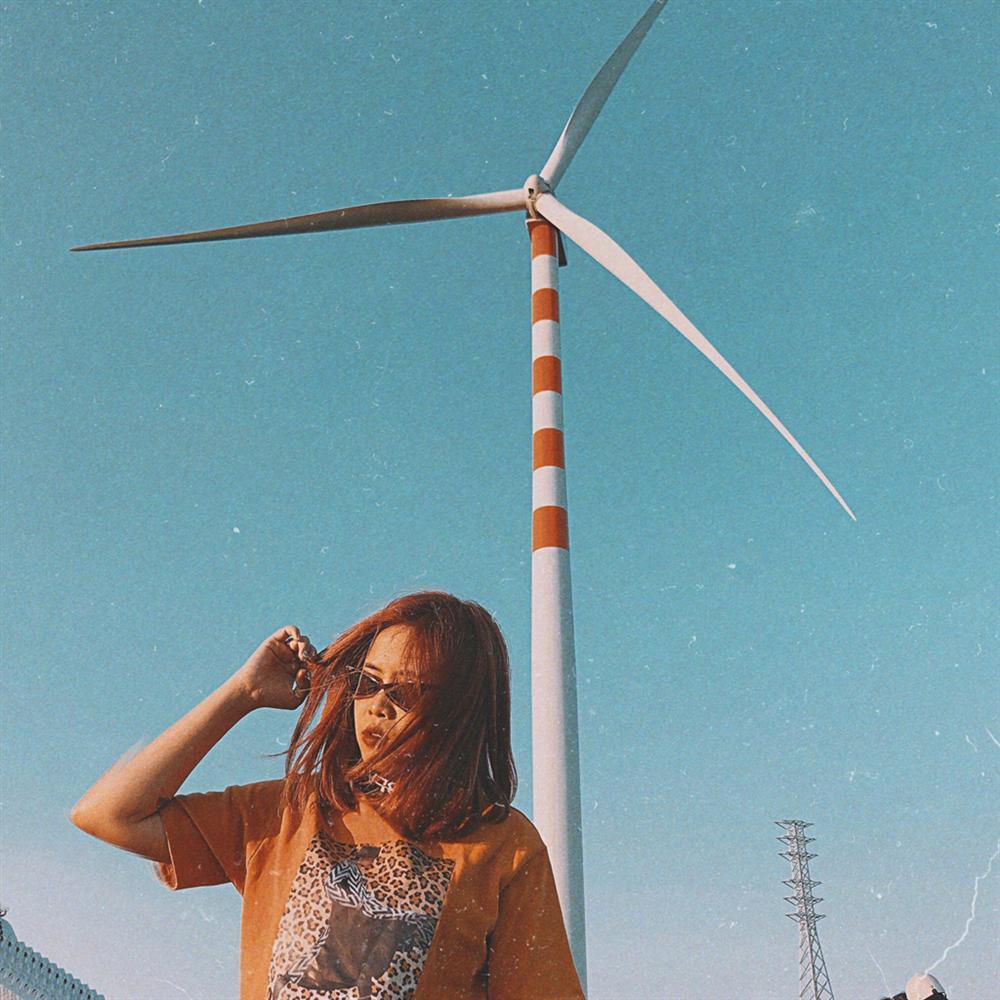 Cánh đồng quạt gió tựa trời Tây ở Đắk Lắk hút giới trẻ check-in-4