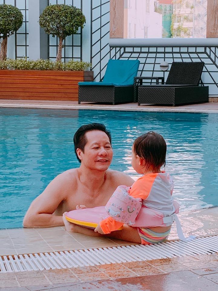 Sự thật bất ngờ đằng sau hành động chiều vợ như bà hoàng của ông xã Phan Như Thảo-8