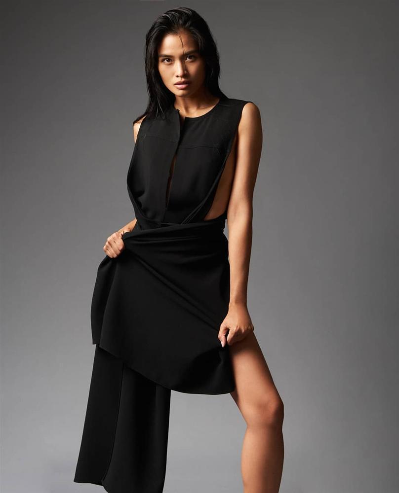 Bản tin Hoa hậu Hoàn vũ 19/9: Không mỹ nữ nào hạ nổi HHen Niê vì cô ấy diện quốc phục quá lộng lẫy-9