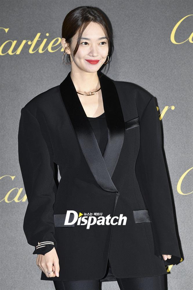BLACKPINK Jisoo đẹp quyến rũ sau tin đồn hẹn hò, đọ sắc bên hồ ly Shin Min Ah-7