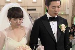 Sau 1 cuộc điện thoại ngay ngày cưới, cô dâu quyết tháo trả vàng viết đơn ly hôn