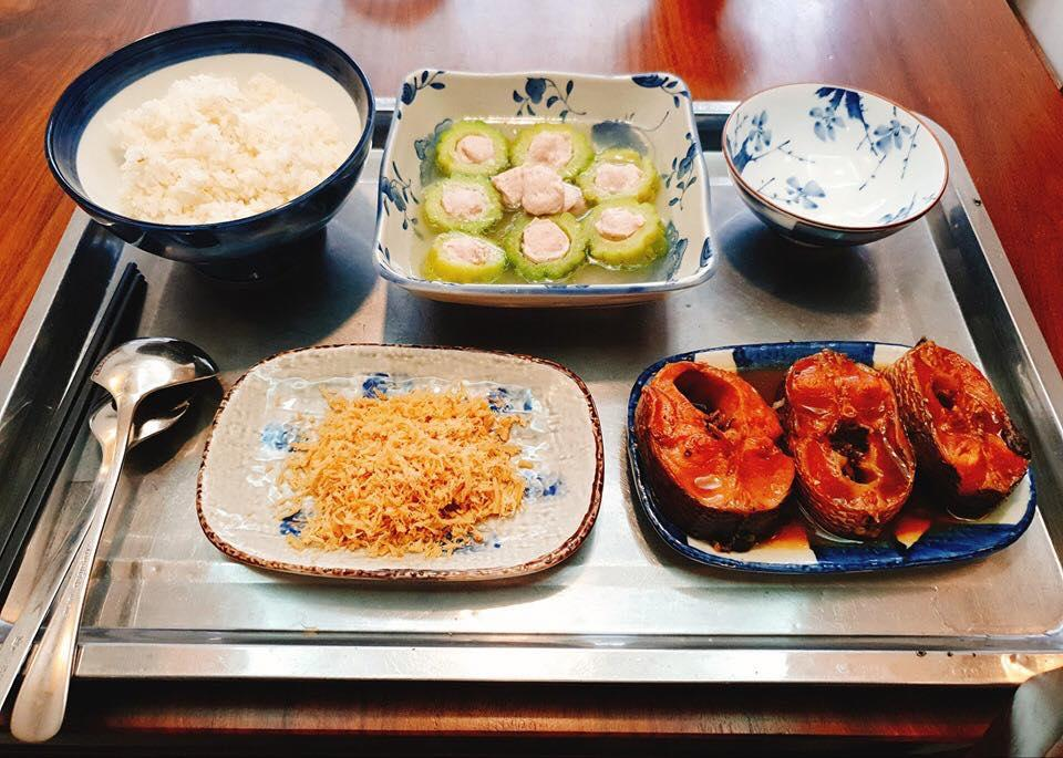 Con dâu nguyện đẻ đến khi nào không đẻ được nữa thì thôi vì mâm cơm mẹ chồng nấu ngày ở cữ quá xuất sắc-13