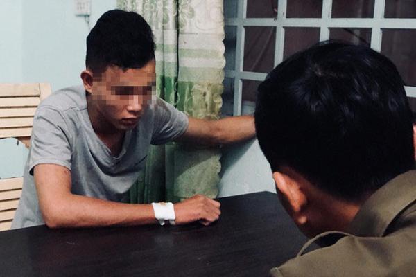 Người nghiện thoát khỏi xe chở phạm nhân như phim hành động-1