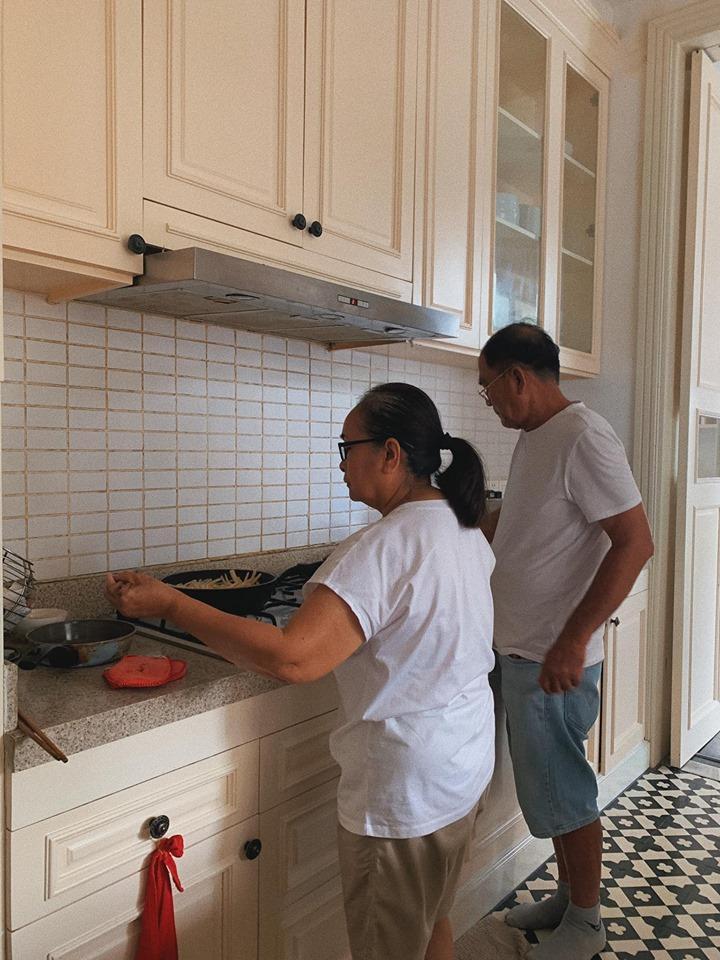 Tăng Thanh Hà được mệnh danh cô gái số hưởng khi cả bố lẫn mẹ đẻ đều nấu ăn đỉnh kout-1