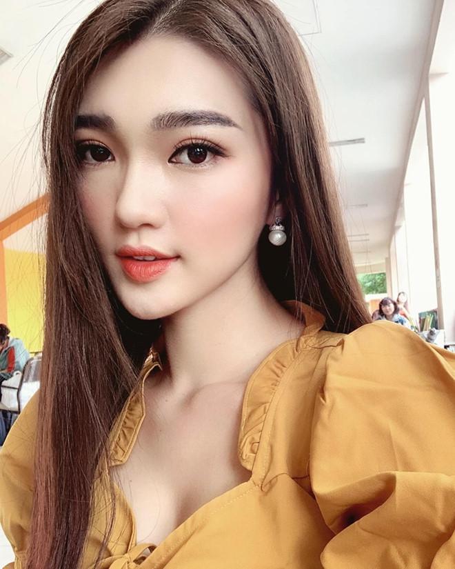 Bạn gái tin đồn Phan Văn Đức thay đổi ra sao sau 2 năm thi hoa hậu?-8