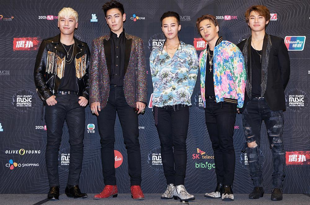 Nghệ sĩ nhà YG ùn ùn kéo đến công ty: Sắp có biến lớn hay một concert gia đình chào đón Big Bang xuất ngũ?-5