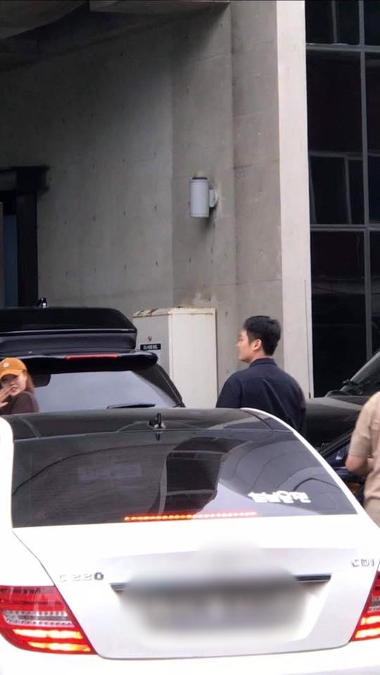 Nghệ sĩ nhà YG ùn ùn kéo đến công ty: Sắp có biến lớn hay một concert gia đình chào đón Big Bang xuất ngũ?-2