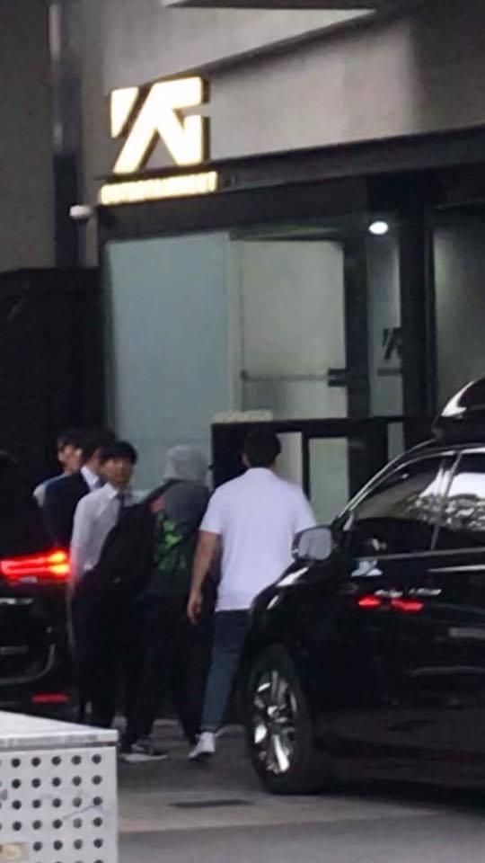 Nghệ sĩ nhà YG ùn ùn kéo đến công ty: Sắp có biến lớn hay một concert gia đình chào đón Big Bang xuất ngũ?-3