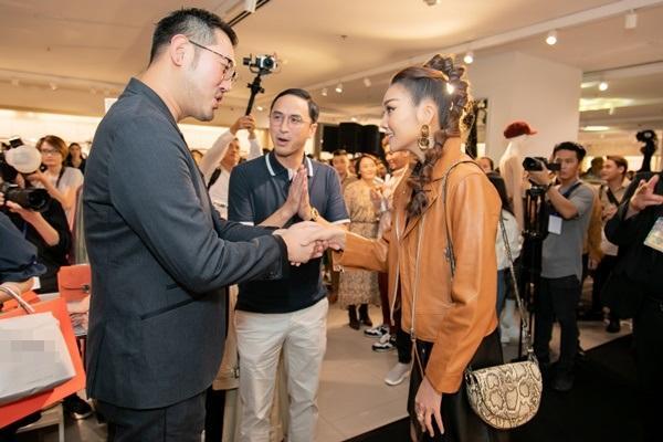 Thanh Hằng không gặp được Tăng Thanh Hà tại sự kiện, ông xã ngọc nữ có ngay chiêu kết nối cực hay-5