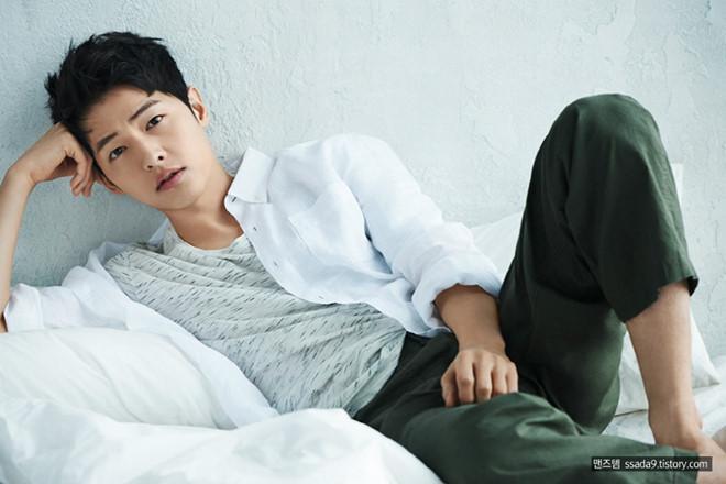 Song Joong Ki ở tuổi 34 - ly hôn, gầy gò và khóc trong ngày sinh nhật-1