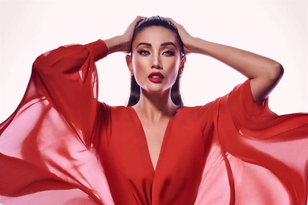 Bản tin Hoa hậu Hoàn vũ 21/9: Phượng hoàng lửa Việt Nam khoe thần thái kiêu hãnh át dàn mỹ nữ quốc tế-1
