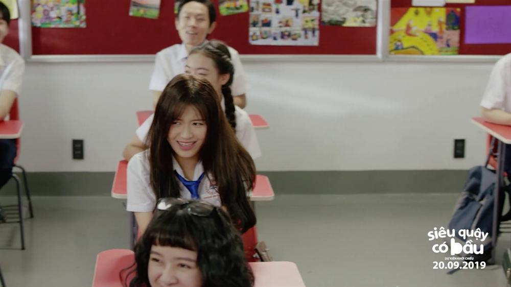 Siêu Quậy Có Bầu: Han Sara mờ nhạt trong phim giáo dục giới tính sáo rỗng-2