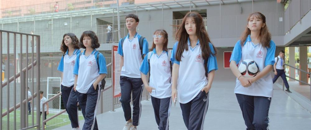 Siêu Quậy Có Bầu: Han Sara mờ nhạt trong phim giáo dục giới tính sáo rỗng-3