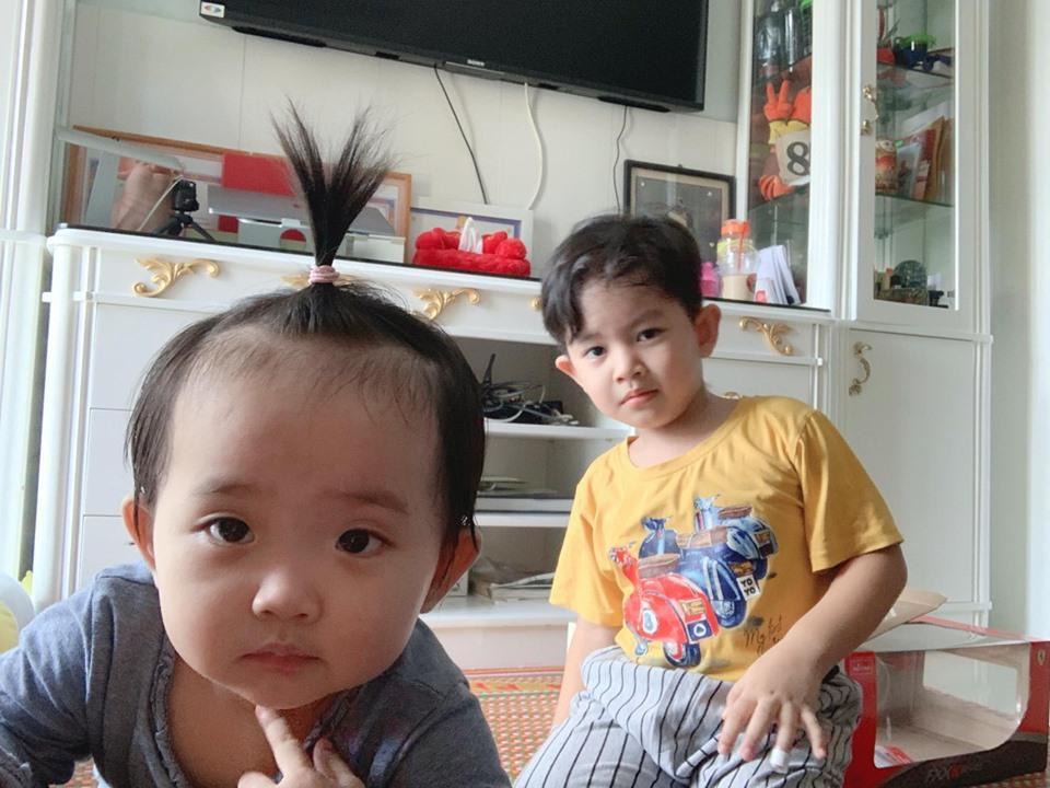 Dạy múa cho con gái 1 tuổi, Phan Hiển ngậm trái đắng vì ái nữ không thèm nhìn bố dù chỉ 1 giây-7