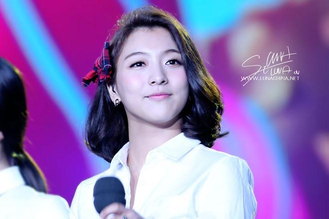 Trước khi thành thảm họa, Luna từng make up xinh đẹp thế nào?-7