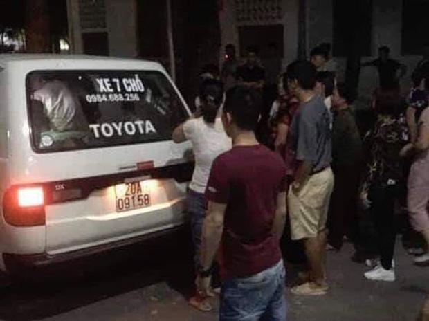 Hà Nội: Người đàn ông bị thanh niên 18 tuổi đâm tử vong khi can ngăn con trai xô xát-1