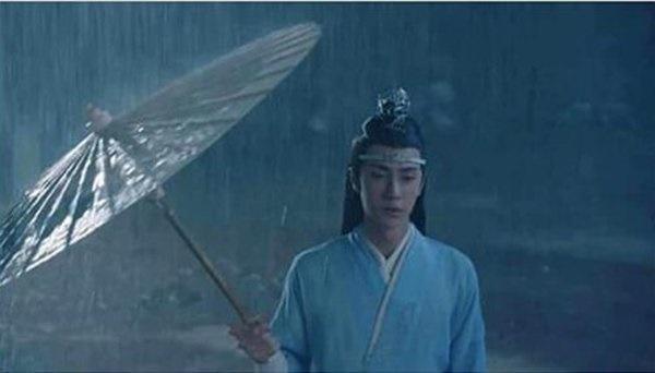 Lời nguyền ngày mưa trên màn ảnh: Hết cãi nhau, chia tay lại hóa ác nữ-7