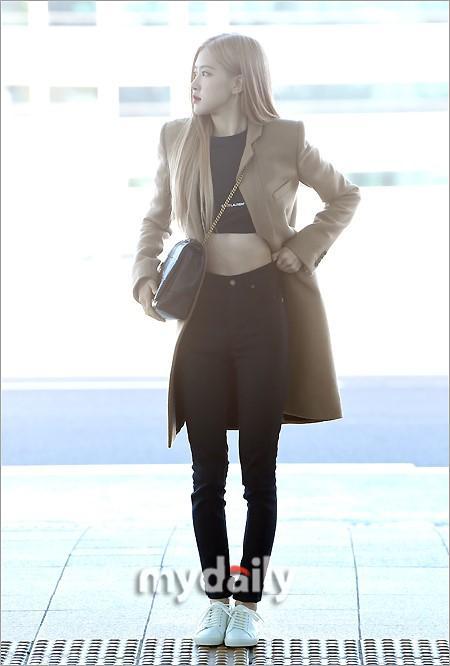 Rosé BlackPink, Suzy, Jessica... đọ thời trang sân bay siêu chất khi lên đường dự Paris Fashion Week-2