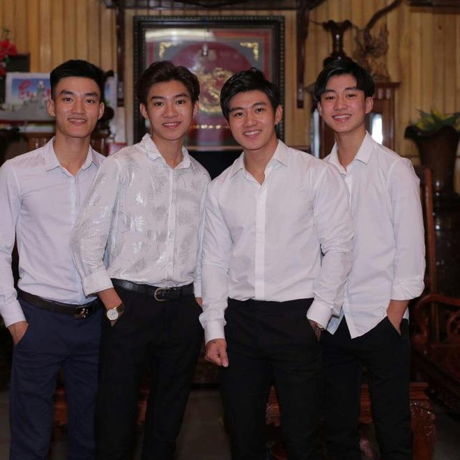 Sự thật ít người biết về câu chuyện tuyển vợ cho 4 con trai hotboy ở Nghệ An-2