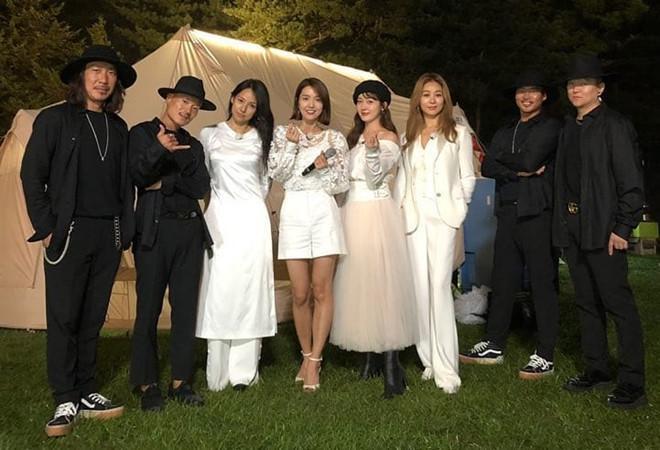 Lee Hyori mặc áo dài trắng trong lần hiếm hoi trở lại-1