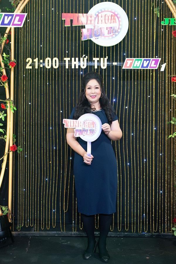 NSND Hồng Vân nói về hotgirl bán khỏa thân ở Hội An: Cô ấy đáng thương hơn đáng trách-3