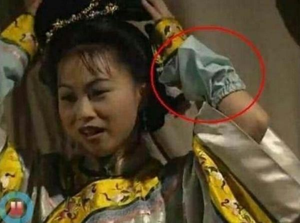Những cảnh phim Trung Quốc bị lên án vì cẩu thả-6