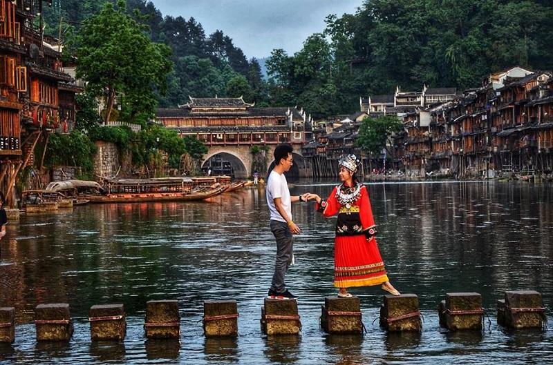 Ngưỡng mộ người chồng vì vợ mê cổ trang mà tình nguyện đưa vợ đi khắp Trung Quốc thực hiện bộ ảnh để đời-9