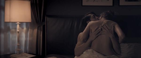 Hé lộ nụ hôn đồng tính của tiểu tam Chi Pu và chị đại Thanh Hằng-4