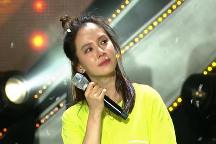 Dành 1/3 cuộc đời để chạy cùng Running Man, 'mợ ngố' Jihyo khóc nấc khi hát 'Joah' với các thành viên