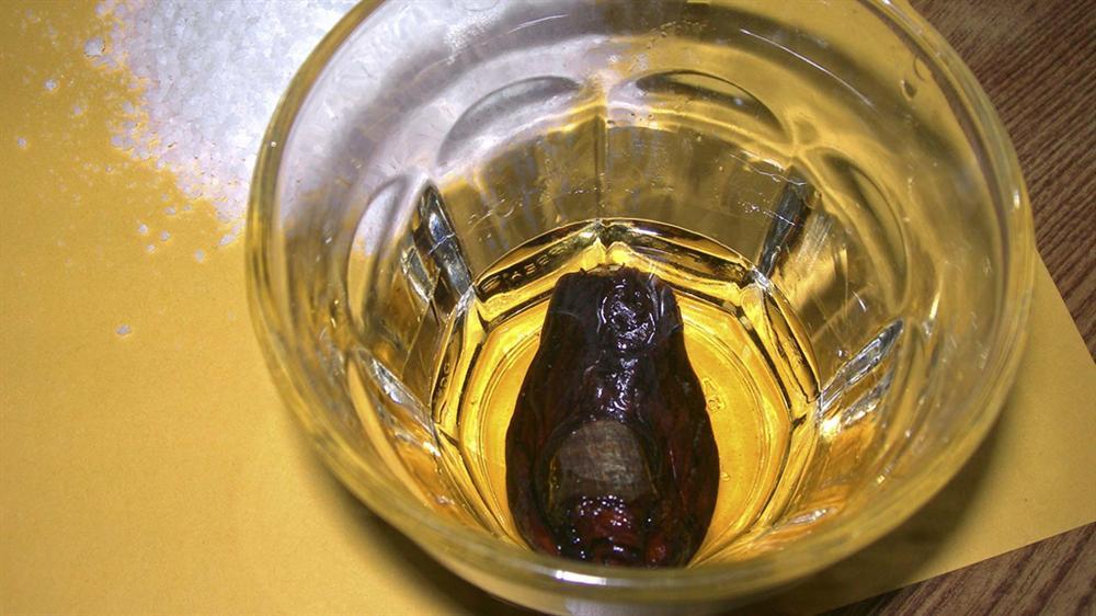 Cocktail ngón chân người và những đồ uống dị nhất hành tinh-2