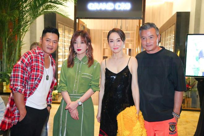 Tiểu Long Nữ Phạm Văn Phương diện váy 2 dây quyến rũ bên Triệu Vy-1
