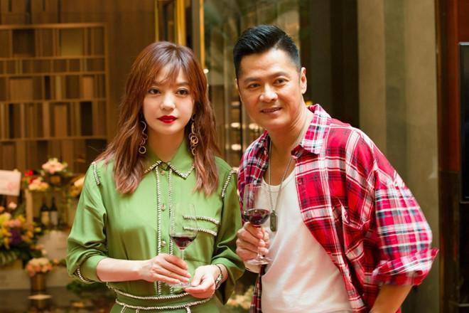 Tiểu Long Nữ Phạm Văn Phương diện váy 2 dây quyến rũ bên Triệu Vy-7