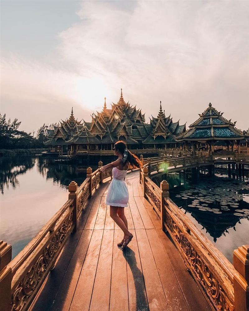 Thủy quái bao quanh ngôi đền trong thành cổ ở Thái Lan-3