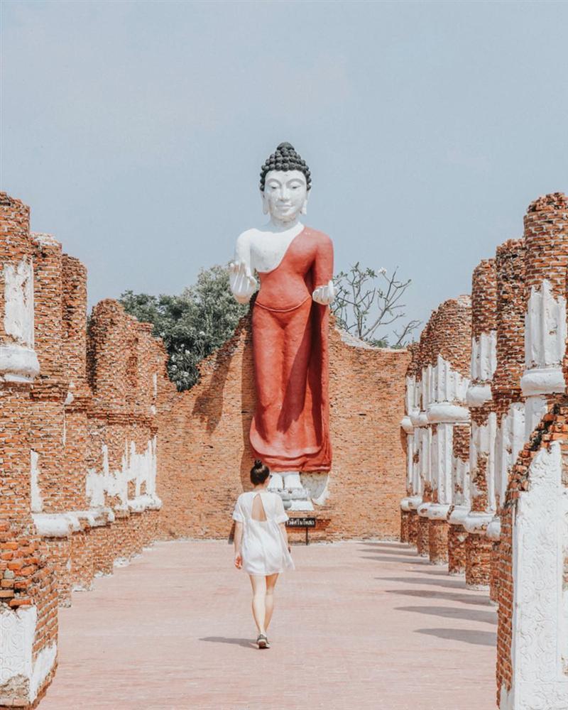 Thủy quái bao quanh ngôi đền trong thành cổ ở Thái Lan-5