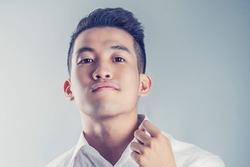 Mew Amazing cà khịa 'nhạc vậy cũng còn người nghe', Tóc Tiên, Thu Minh và loạt sao Việt lên tiếng