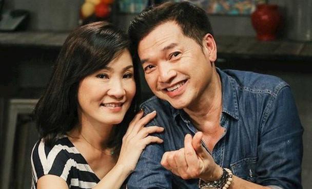 Tình nồng đã vỗ cánh bay, Quang Minh vẫn không quên mừng sinh nhật Hồng Đào-6