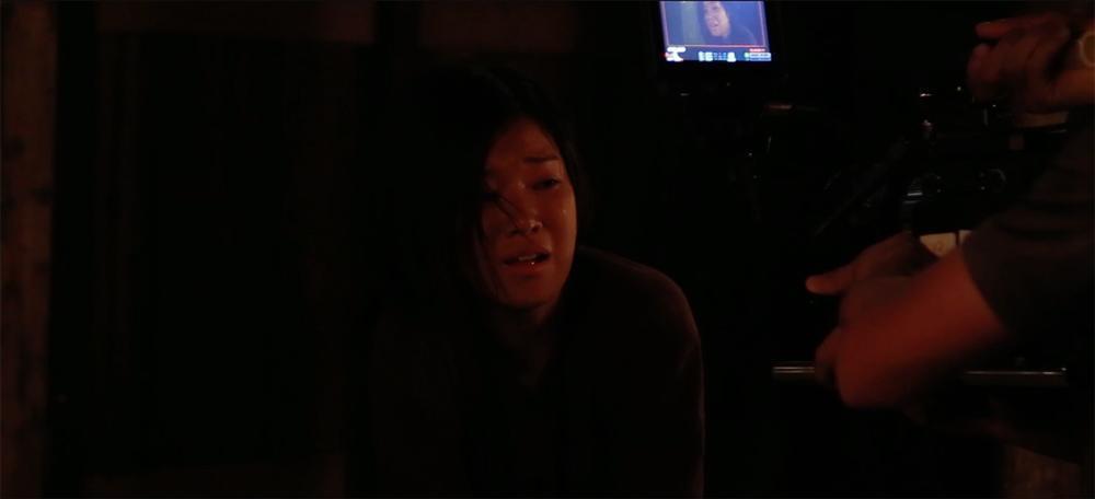 Phim kinh dị của Hoàng Yến Chibi tung clip hậu trường tràn ngập cảnh 18+-6