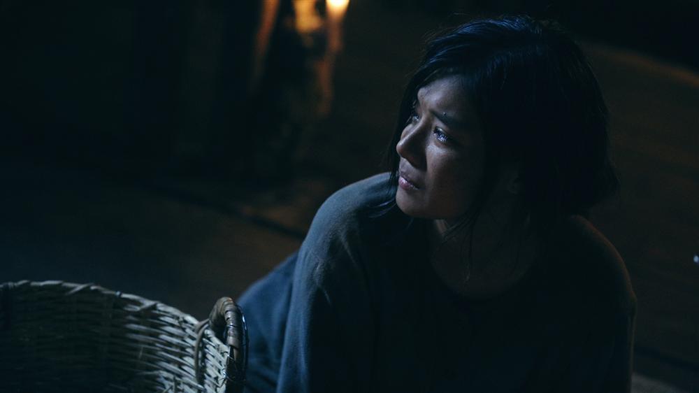 Phim kinh dị của Hoàng Yến Chibi tung clip hậu trường tràn ngập cảnh 18+-10