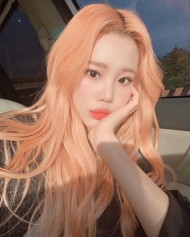 Nữ idol xấu nhất lịch sử Kpop khoe ảnh xinh hút hồn, Knet lập tức bóc mẽ: App sống ảo nào xịn thế?-5