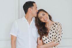 Bác tin hôn nhân trục trặc, Tăng Thanh Hà đăng ảnh ngọt ngào kỷ niệm 10 năm yêu chồng đại gia