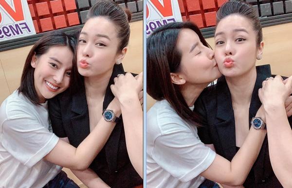 Cao Thái Hà đăng ảnh ôm Nhật Kim Anh giữa tin đồn mâu thuẫn-1